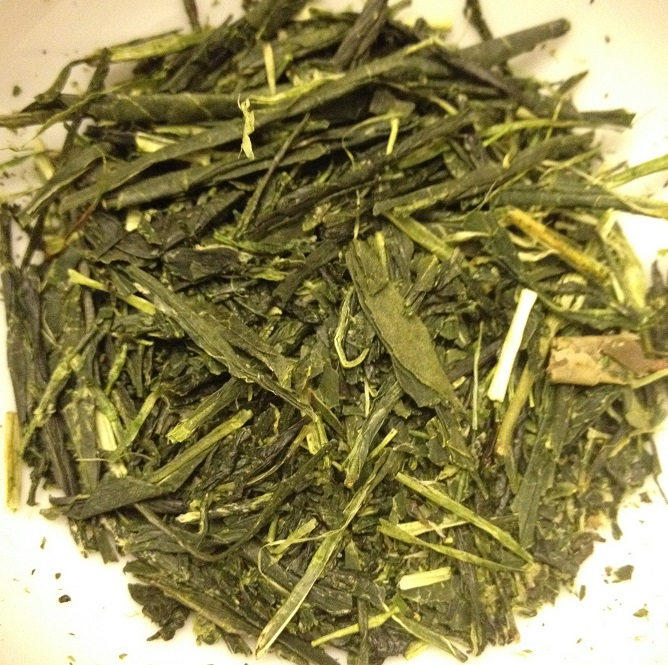 Sencha of the Wind Dry leaves
