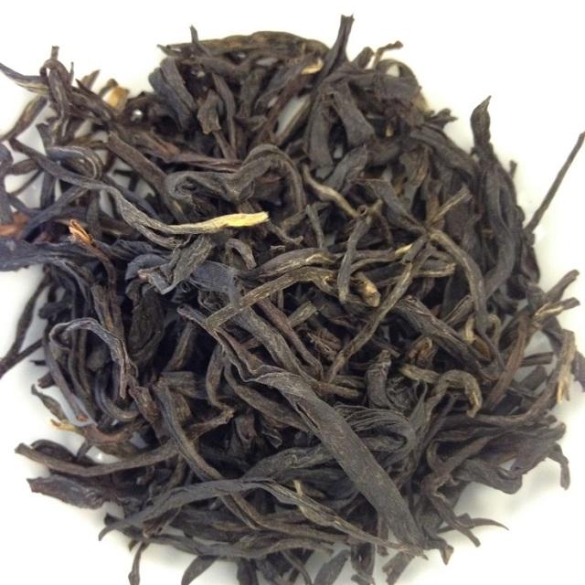 Hand-Rolled Fermented Purple Tea Dry leaves