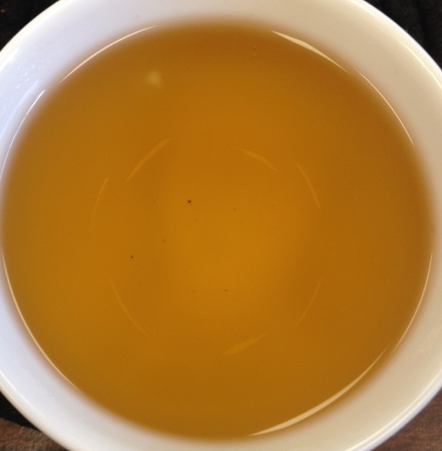 Hand-Rolled Fermented Purple Tea 1st Infusion