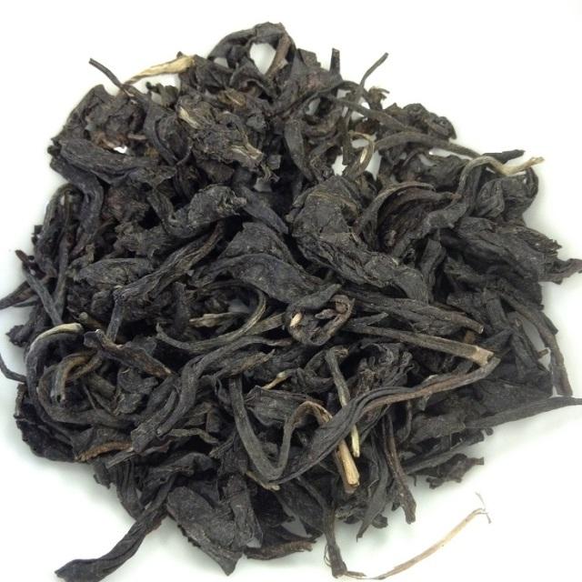 Steamed Purple Tea Dry Leaves