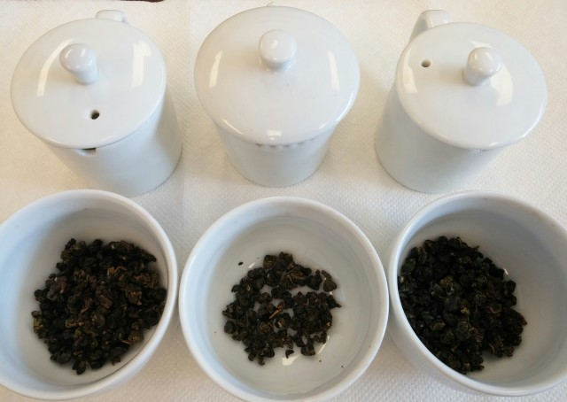 Jin Xuan Wulong Tea Comparison - Dry Leaves