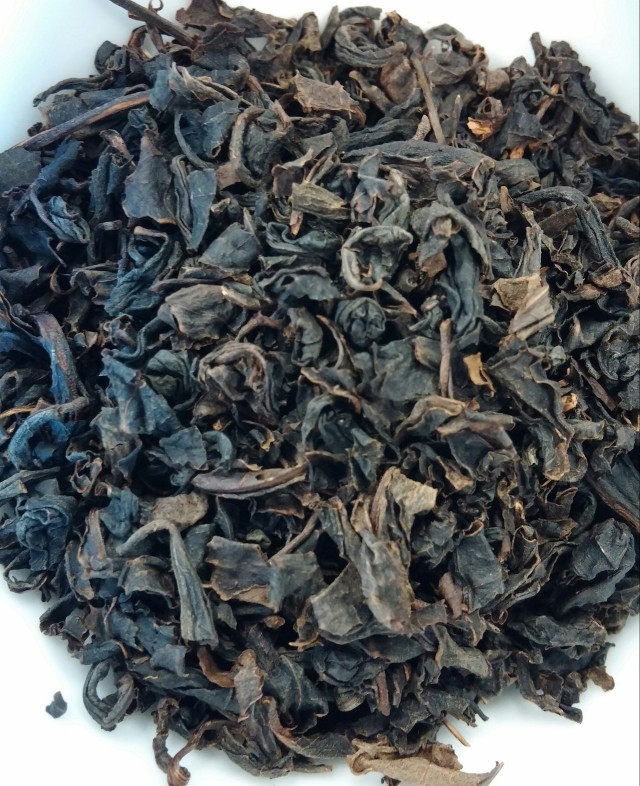 Hwang Cha Amber Wulong Tea Dry Leaves