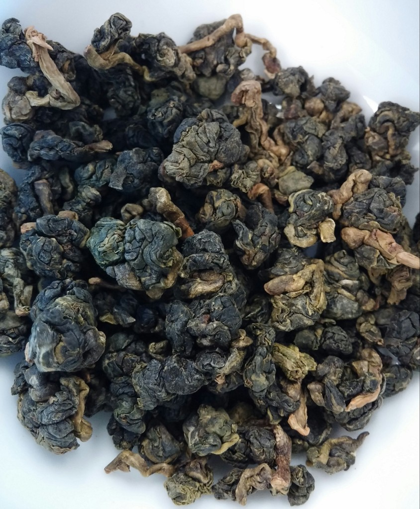 Kim Tuyen Oolong Tea Dry Leaves