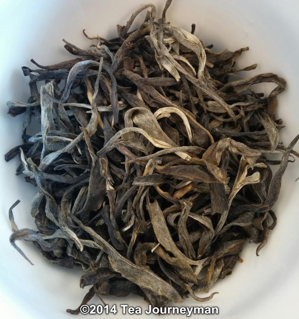 Long Leaf Green Tea Dry Leaves