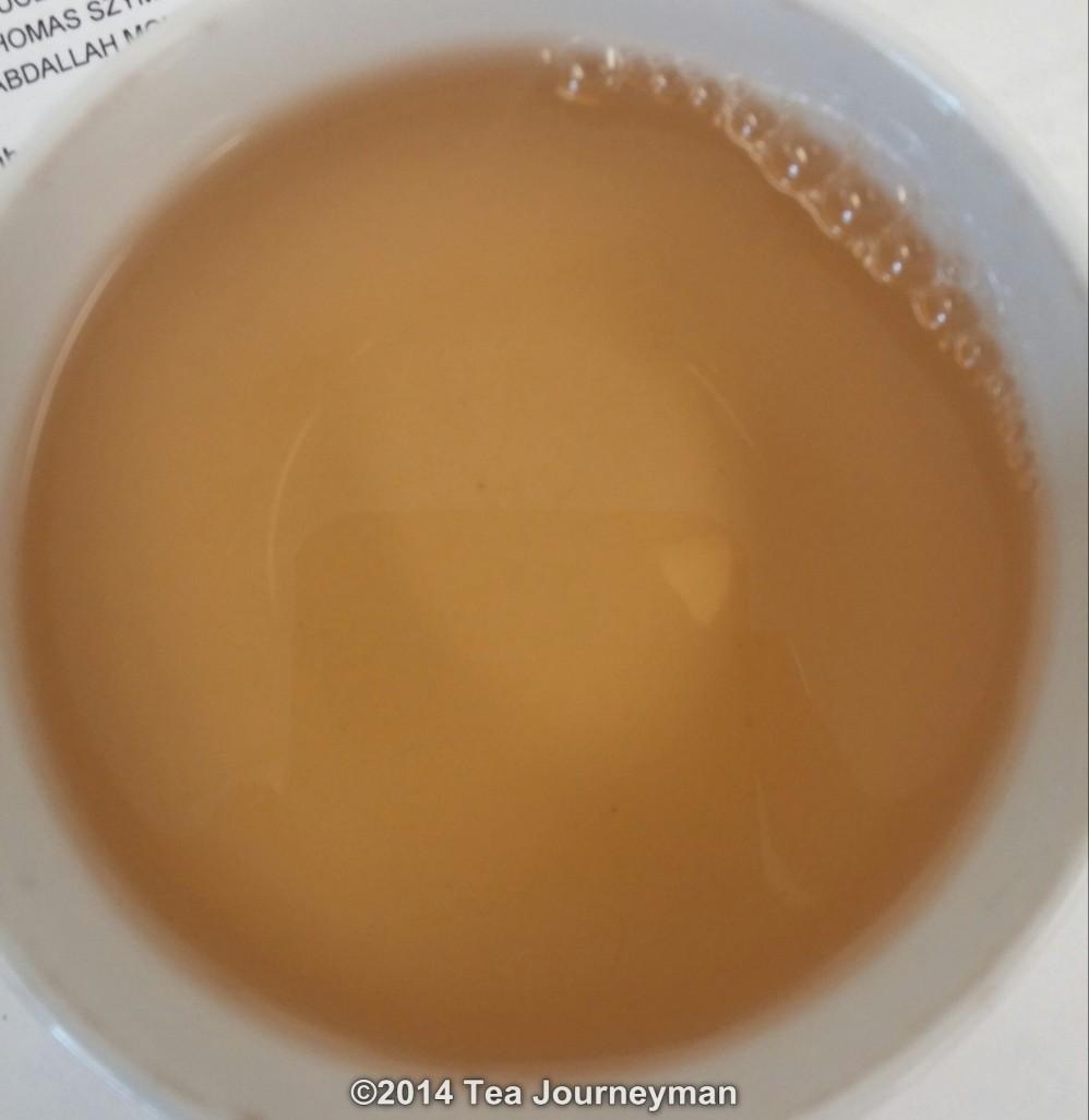 Organic White Peony Bai Mu Dan Tea Infusion