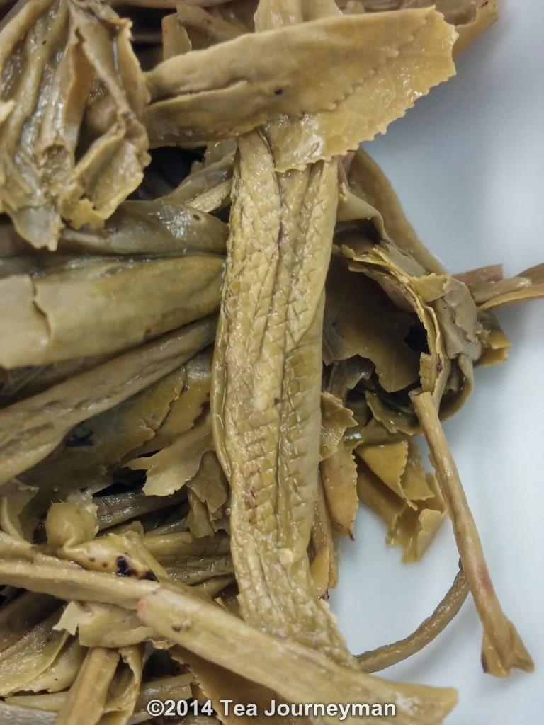 TeaVivre Nonpareil Cha Wang Tai Ping Hou Kui Green Tea Infused Leaves Texture